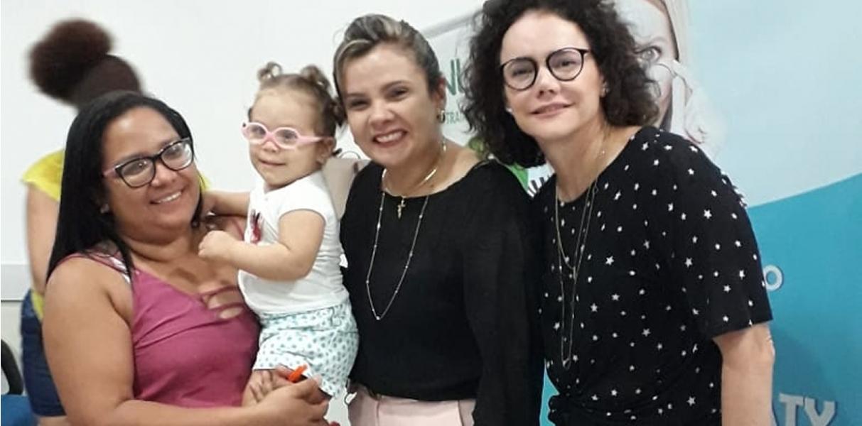 Ópticas Itamaraty realiza doações de óculos de grau para o Nutep (Núcleo de Tratamento e Estimulação Precoce)